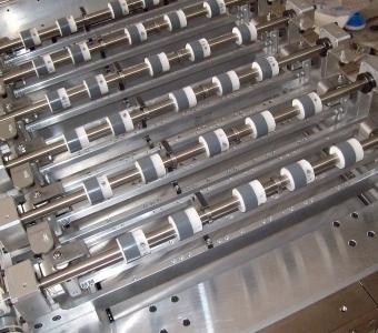 mcservice-modena-progettazione-meccanica-consulenza-tecnica-gallery-macchina-speciale-automatica-per-RFID